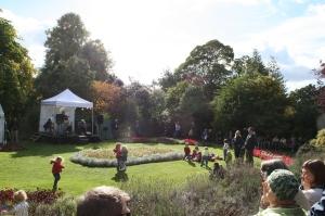 Paronage Gardens, DAF