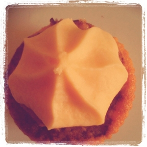 Apple Pie & Custard Cup Cake